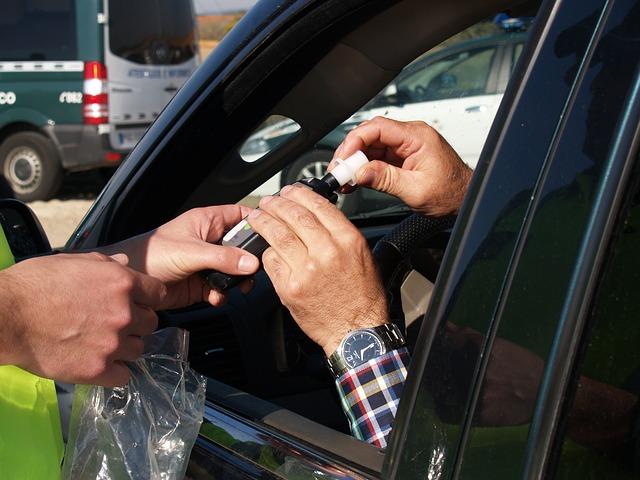 נשיפון נייד של הונדה ישולב במפתח רכב חכם כדי לעזור למנוע נהיגה בשכרות